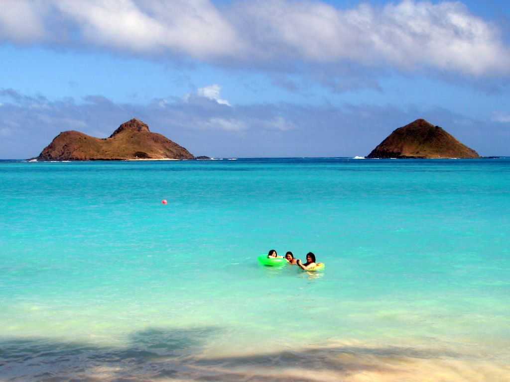 Lanikai Beach, Mokulea Islands Hawaii